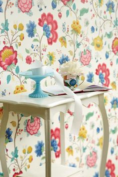E341013 Floral Wallpaper with white background by Pip Studio for Eijffinger. Designed and made in the Netherlands. Available through selected Guthrie Bowron stores.
