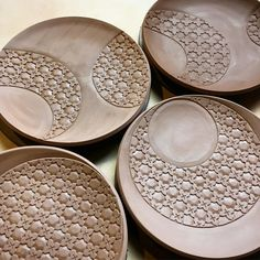 "240 Likes, 3 Comments - yoshi (@yoshifujiiceramics) on Instagram: ""hello, dinner plates! #clay #ceramics #pottery #earthenware #terracotta #carvingclay #pattern…"""