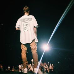 November 29: Fan taken photos of Justin performing in London, UK