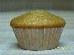 Hasta la Kocina y Más Allá: Muffins Integrales Decorados con Alcorza de Azahar y Pasas