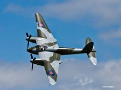 De Havilland Mosquito, the wonder of wood Aircraft Photos, Ww2 Aircraft, Fighter Aircraft, Military Aircraft, Fighter Jets, De Havilland Mosquito, Airplane Fighter, Aircraft Painting, Ww2 Planes