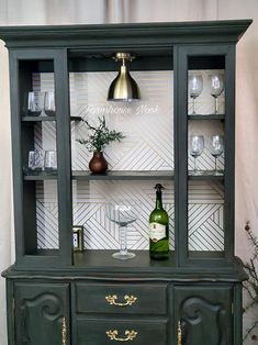 Hutch makeover, Beautiful re purposed china cabinet in mission green chalk paint. China Cabinet Bar, Wine Bar Cabinet, Bar Hutch, Wine Hutch, Modern China Cabinet, Rustic China Cabinet, Armoire Bar, Cabinet With Glass Doors, China Cabinet Makeovers