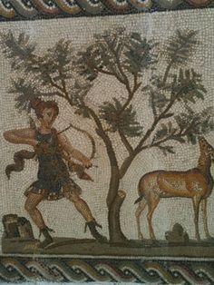 Artemis shoots: Roman dining room mosaic, Tunis