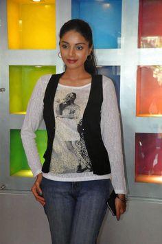 Actress Sanam Shetty Stills at Katham Katham Tamil Movie Press Show Photos   Bollywood Tamil Telugu Celebrities Photos