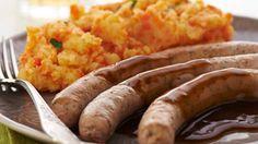 Wortelpuree met worst en vleessaus recept volgens Belgische traditie voor 4 personen. Klaar in slechts 25 minuten. Ontdek dit heerlijke recept nu!