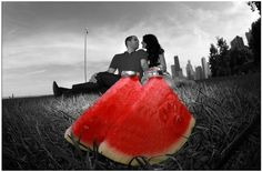 18 Mortifying Yet Hilarious Engagement Photos - Engagement photos are all the rage these days, displaying soon-to-be wed couples looking all kinds of romantic. Sometimes, however, these photos are way more ridiculous.