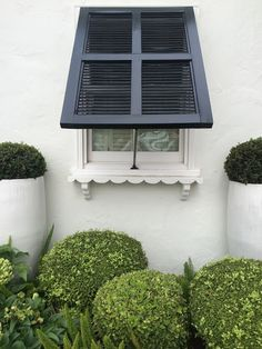 heirloom philosophy: The Houses of Newport Beach British Colonial Style, Window Dressings, Window Boxes, Tropical Houses, Newport Beach, Deco, Architecture Details, Shutters, Curb Appeal