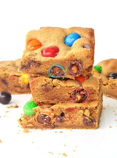 Peanut Butter Cookie Bars with M&M'S are a classic treat that everyone is sure to like to eat.