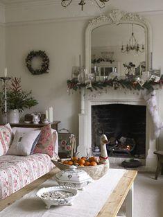 Christmas decor | Vintage Rose Garden
