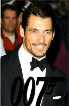 #thenextbond #thenextjamesbond #Davidgandy #Davidjamesgandy  http://mx.hola.com/cine/2015090811141/david-beckham-bond-henry-cavill-david-gandy/ One of the favorite names in social networking has been the model David Gandy , who despite not yet having made his debut on the big screen is in the midst of a transition in his career and has all the aspects expected of 007