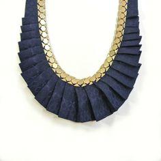 Emeraude necklace by Jicqy les mirettes Disponible chez les Voltigeuses 45 rue des Petites Ecuries 75010