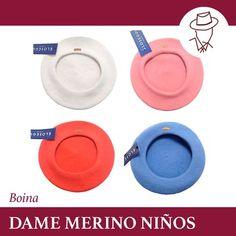 BOINA DAME MERINO para NIÑOS   Dame Merino es una boina para ideal para niños muy ligera y calentita. Está forrada con textil tipo raso y  no lleva badana. Composición: 100% lana merino. Fabricada en España. Está disponible en varios colores: Negra Roja Naranja Rosa Azul y Blanca. >>>>>>>>>>>>>>>>>>>  Más información en nuestro BLOG | CASAYUSTAS.COM | TIENDA ONLINE >>>>>>>>>>>>>>>>>>>