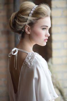 Tendance Robe De Mariée 2017/ 2018 : bridal dress  low back