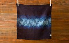 本藍絞り染め オーガニックリネンハンカチ(山路)|ハンカチ・手ぬぐい|ハンドメイド通販・販売のCreema