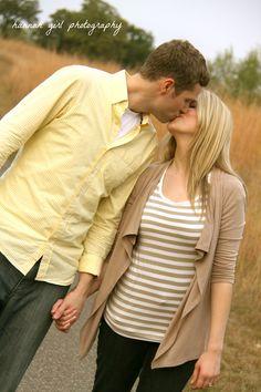 walking kiss engagement pose *remember