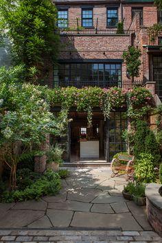 Manhattan Townhouse | Susan Wisniewski Landscape, LLC in collaboration with BWArchitects | Archinect