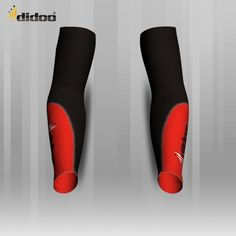 Ideal as a base layer or for training, Didoo Arm Warmers are a tight fit compression garment. All Season Compression Baselayer which keeps you cool when its hot and keeps you hot when its cool. The light and tight compression fit is built to move with you for zero distractions, while the breathable, low profile design fits cleanly under a uniform.