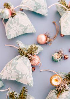 DIY fabric gift wrap