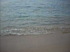 El sonido de unas olas suaves es algo muy relajante que puedes escuchar una y otra vez #olas