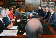 Na França, presidente Dilma Rousseff diz que está punindo responsáveis por tragédia em Mariana . COP21 está sendo enganado por ela.