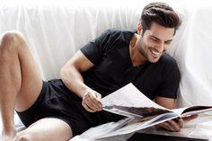 Kiraz Mevsimi dizisinde Ayaz rolü ile bir anda büyük bir ilgi ve sempati toplayan yakışıklı oyuncu Serkan Çayoğlu Kimdir?  http://haberomi.com/serkan-cayoglu-kimdir/