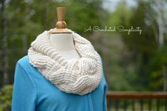 Big Bold Cabled Infinity Scarf | Craftsy