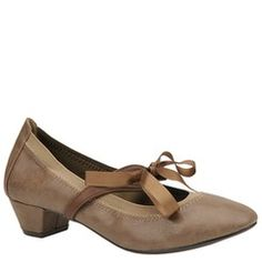 Restricted Women's Nifty Pump | http://www.shoemall.com
