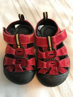 3118e9be109005 KEEN Unisex Red Suede Newport Waterproof Sports Sandal-Toddler Size 4 US -  21 EU  KEEN  Sandals