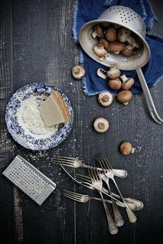 Pratos e Travessas: Esparguete com molho de tomates secos ao sol, espinafres e…
