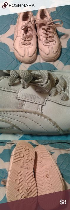 Puma sneakers Nice pair of Puma sneakers.  Good condition. Puma Shoes Sneakers
