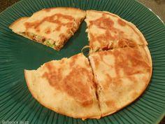 Chicken, Avocado, Bacon & Tomato Quesadilla Recipe \ Bullock's Buzz