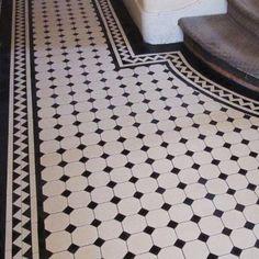 London Mosaic - Georgian Octagon Hall Tiles Too much contrast Hall Tiles, Tiled Hallway, Entry Tile, White Hallway, Hall Flooring, Kitchen Flooring, White Flooring, Garage Flooring, Modern Flooring