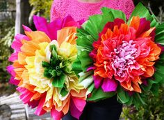 papírové květiny, květiny z papíru, květiny z krepového papíru, papírová kytice, papírový věnec, papírový věneček, krepový papír, krepák