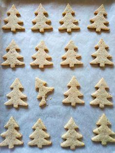Galletas con avellanas, que huelen a Navidad | Pimienta y Purpurina Tostadas, Cake Cookies, Gingerbread Cookies, Desserts, Blog, Cakes, Recipes, Hazelnut Cookies, Biscuit Cake
