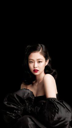 Chica Dark, Magazine Vogue, Blackpink Poster, Jennie Kim Blackpink, Black Pink Kpop, Blackpink Photos, Blackpink Fashion, Melanie Martinez, Blackpink Jisoo