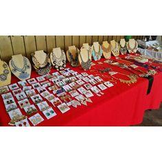 """Preparate para estas fiestas! Diversas opciones para ti! Encuentralos HOY en el """"Christmas Garden Shopping Day 2015"""" en la Av. Privada casi esq. Gustavo Mejia Ricart #85 El Millón hasta las  8 PM Aceptamos tarjetas de crédito  Envoltura disponible   #bazaar #shoppingday #cgsd2015 #newarrivals #available #necklaces #rings #earrings #gold #silver #glam #shine #accesories #byou #becomplete"""