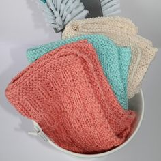 Cotton Lights, Washing Clothes, Christmas Diy, Knitted Hats, Knitting Patterns, Diy And Crafts, Winter Hats, Crochet, Creative