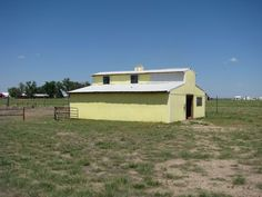How to build a pole barn... Step-by-step photos and text shows how to build your own pole barn.