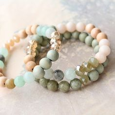 Pretty jewellery of natural stone beads in combination with wood, faceted beads and ImpressArt
