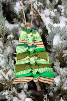 Scrap Ribbon Tree DIY Ornament | Spectacularly Easy DIY Ornaments for Your Christmas Tree