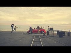 The Beetle 3-track - Gang of Rhythm (Walk Off The Earth)   Volkswagen - YouTube