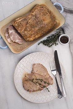 Schweinsschopf mit Bier-Kümmelsauce, Schweinsschopf, Schwein, Schweinefleisch, Schweinefleisch Rezept, Bier, Kümmel, Sauce Rind, Steaks, Pork, Meat, Easy Meals, Food Food, Beef Steaks, Pork Roulade, Pigs
