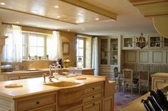 Domaine Laurentine is a breathtaking old farmhouse retreat that has been converted into a luxurious house in Luberon, Provence, France. French Country Kitchens, French Country House, French Farmhouse, Old Farm Houses, Kitchen Decor, Kitchen Ideas, Kitchen Stuff, Kitchen Designs, Luxury Homes