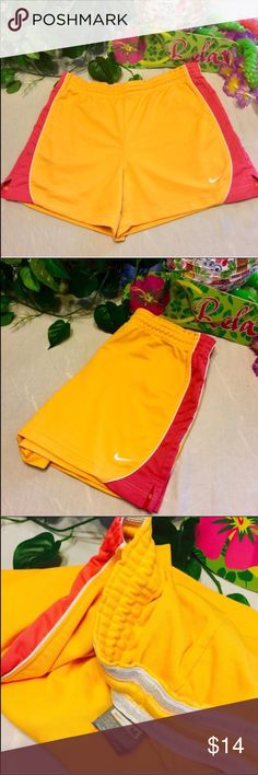 🔥 Nike Athletic Running Dri Fit Shorts Super Cute Nike Running Shorts In A Bright Orange And Hot Pink!!! Fit Dry So Perfect For Any Sport To Stay Cool 😎 Size Medium (8-10) Nike Shorts