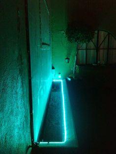 Fuente muro llorón LED