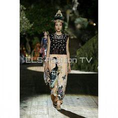 #dolceandgabanna #hautecouture fall  2015 collection #portofino #fashiondesigner. More #photos  coming soon on  #elsfashiontv  @elsfashiontv  #me #photooftheday #instafashion #instacelebrity  #instaphoto #newyork #london  #milan #italia #manhattan #miami #glamour #fashionista #style #altamoda #fashionweek #paris  #tvchannel #fashiontrends