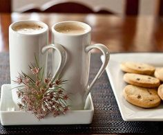 Actually,, I don't drink coffee, I'm a devoted tea drinker! Think they would also look good with hot chocolate and marshmallows floating on top too. (Or Milo) Coffee Cafe, Coffee Drinks, Coffee Shop, Coffee Lovers, Good Morning Coffee, Coffee Break, Vino Y Chocolate, Pause Café, Coffee Corner