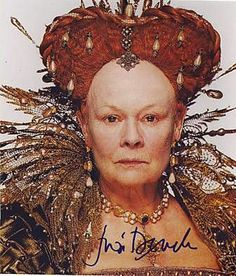 "Judi Dench as Elizabeth I in ""Shakespeare In Love"" Best Supporting Actress Oscar 1998 Celebrity Stars, Celebrity Gallery, Shakespeare In Love, William Shakespeare, Fantasy Queen, Tudor Costumes, Writing Fantasy, 18th Century Costume, Maggie Smith"