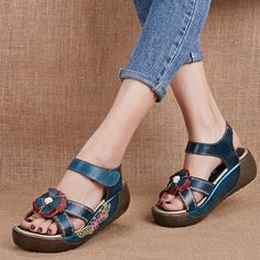 SOCOFY Candy Color Hook Loop Leather Retro Platform Sandals