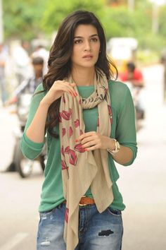 Kriti Sanon (born: July New Delhi, India) is an Indian film actress and model. Bollywood Outfits, Bollywood Girls, Bollywood Fashion, Bollywood Bikini, Bollywood Stars, Beautiful Bollywood Actress, Most Beautiful Indian Actress, Indian Celebrities, Bollywood Celebrities